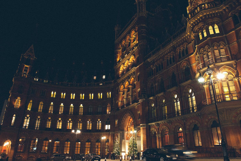 winter-wedding-st-pancras-renaissance-hotel-44