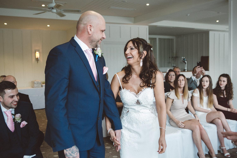 beach wedding photography devon