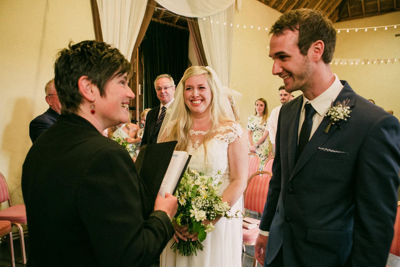 Torz & Josh   Coombe Farm Wedding Photography