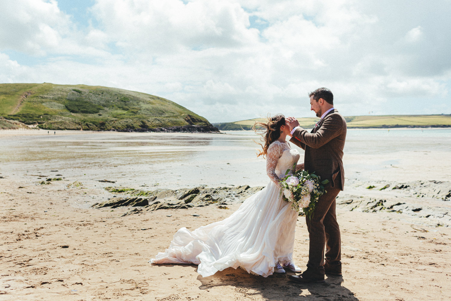 Daymer Bay, Bride and Groom at Daymer Bay, Beach wedding photography, Wedding portraits on the beach