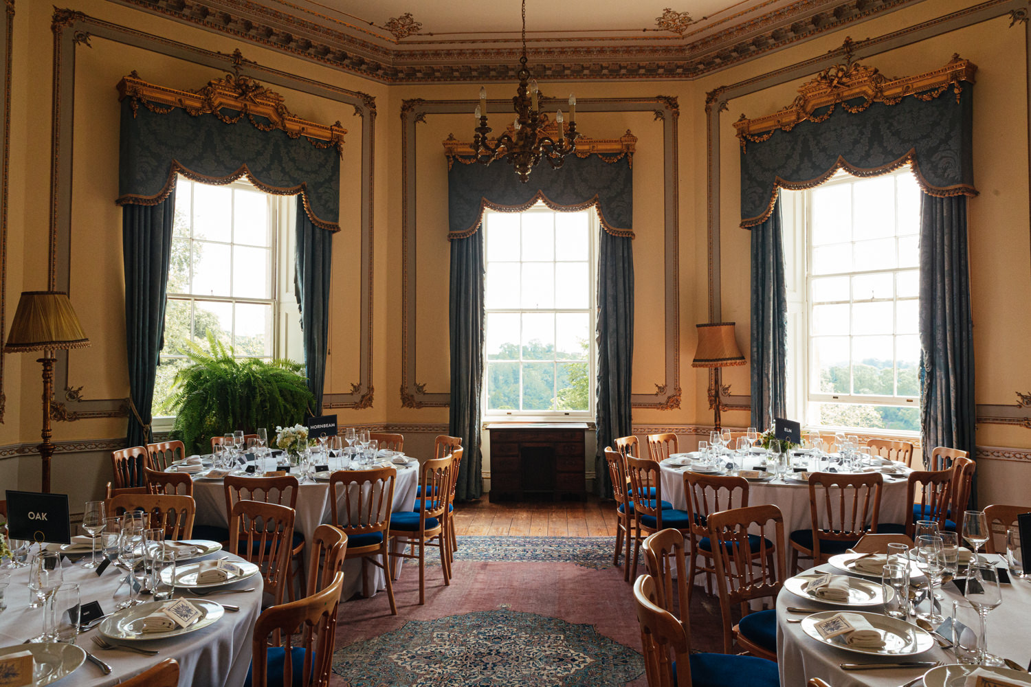 sharpham house, dining room, dining at sharpham house, wedding at sharpham house, wedding reception, devon wedding, country wedding, sharpham gardens, wedding photography